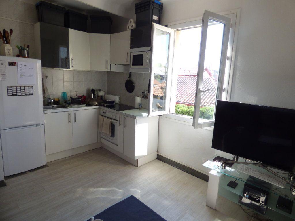 Appartement à vendre 2 35m2 à Biarritz vignette-2