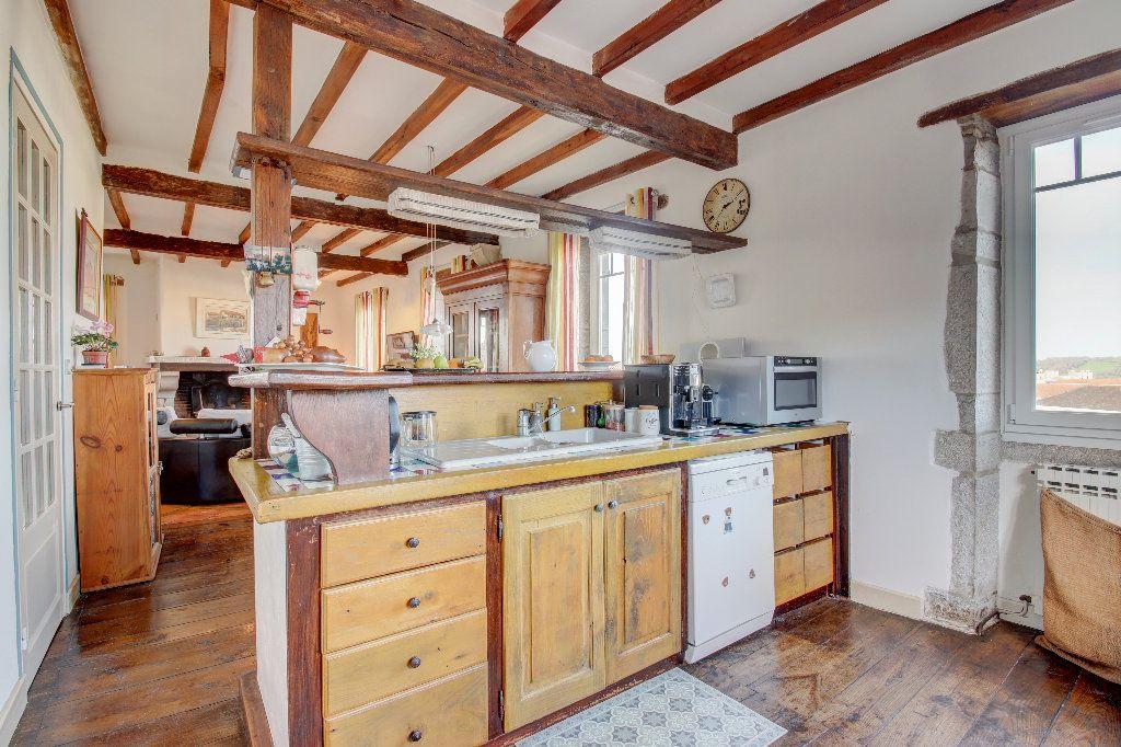 Maison à vendre 6 160m2 à Bidache vignette-2