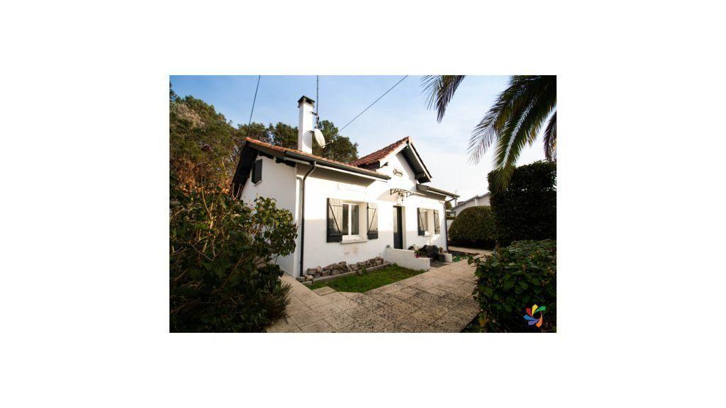 Maison à vendre 4 95m2 à Anglet vignette-1