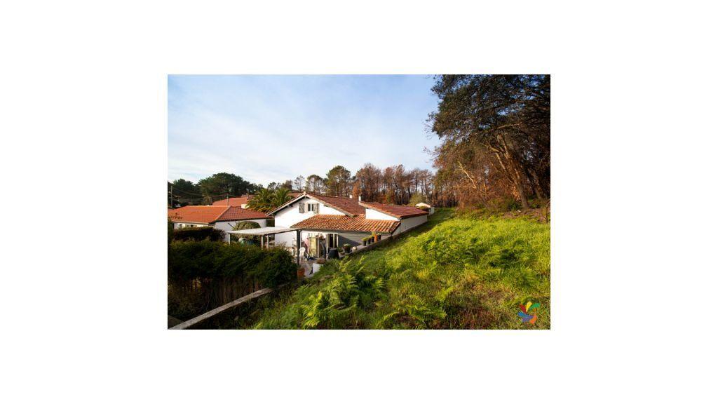 Maison à vendre 4 95m2 à Anglet vignette-3