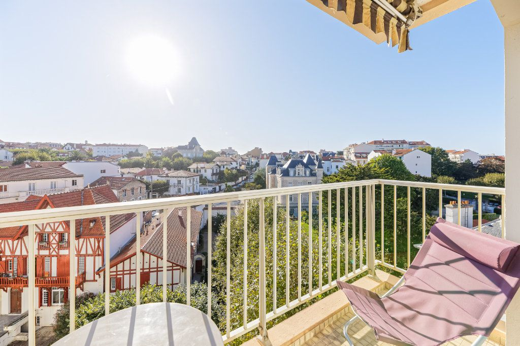 Appartement à louer 1 29.34m2 à Biarritz vignette-9