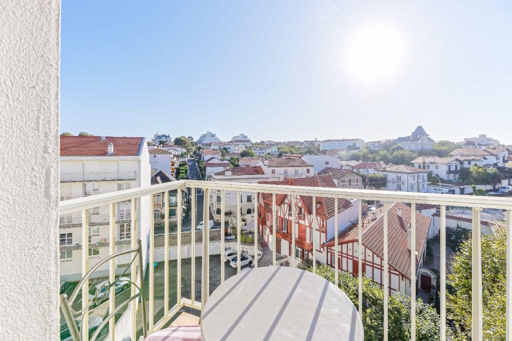 Appartement à louer 1 29.34m2 à Biarritz vignette-10