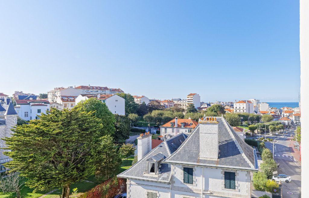 Appartement à louer 1 29.34m2 à Biarritz vignette-11