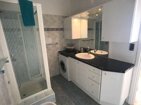 Appartement à vendre 3 65m2 à Villefranche-sur-Mer vignette-12