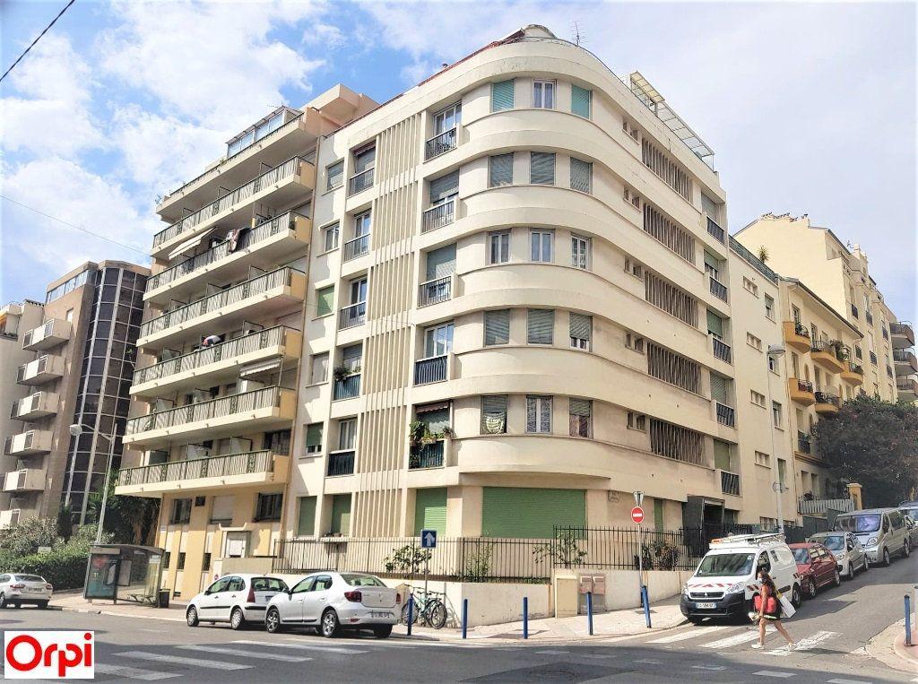 Appartement à vendre 3 68m2 à Nice vignette-8