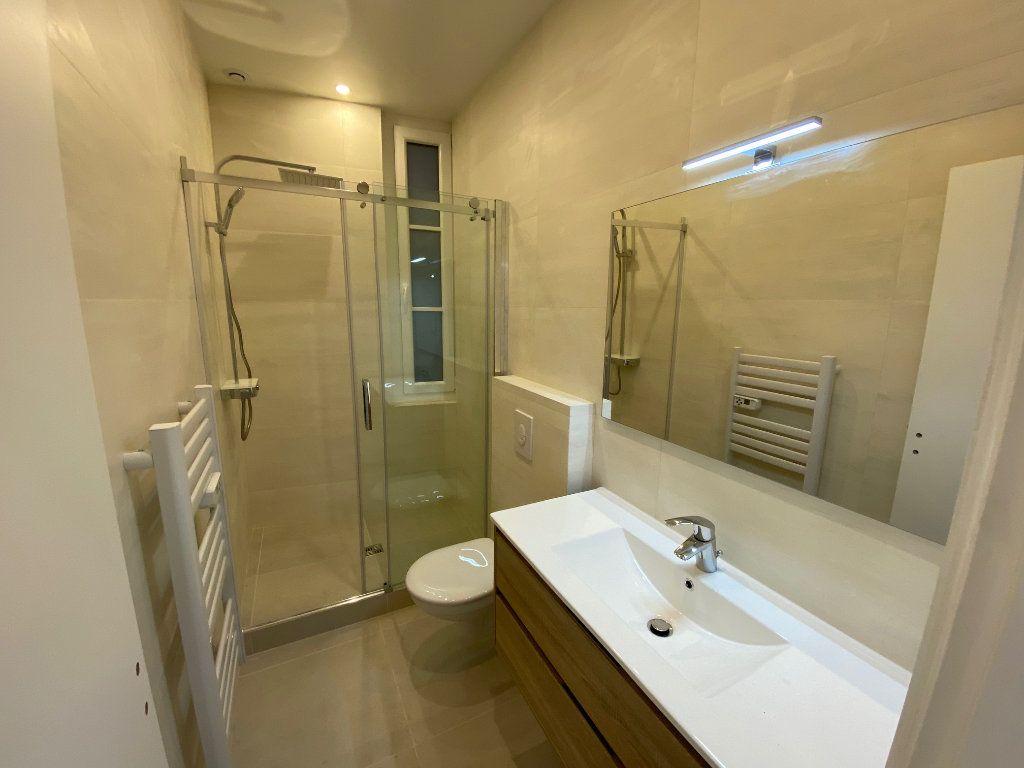 Appartement à vendre 4 70m2 à Nice vignette-6