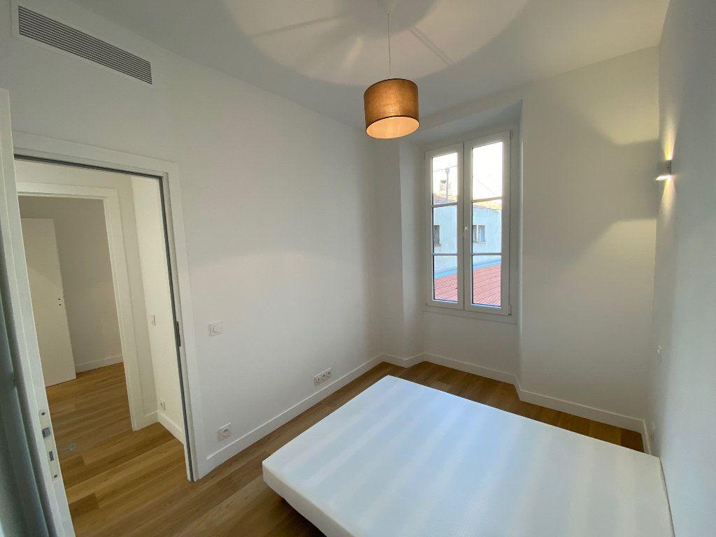 Appartement à vendre 4 70m2 à Nice vignette-9