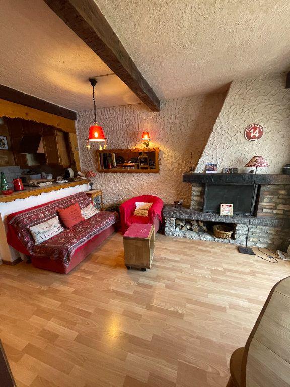 Appartement à vendre 4 50.57m2 à Saint-Étienne-de-Tinée vignette-4