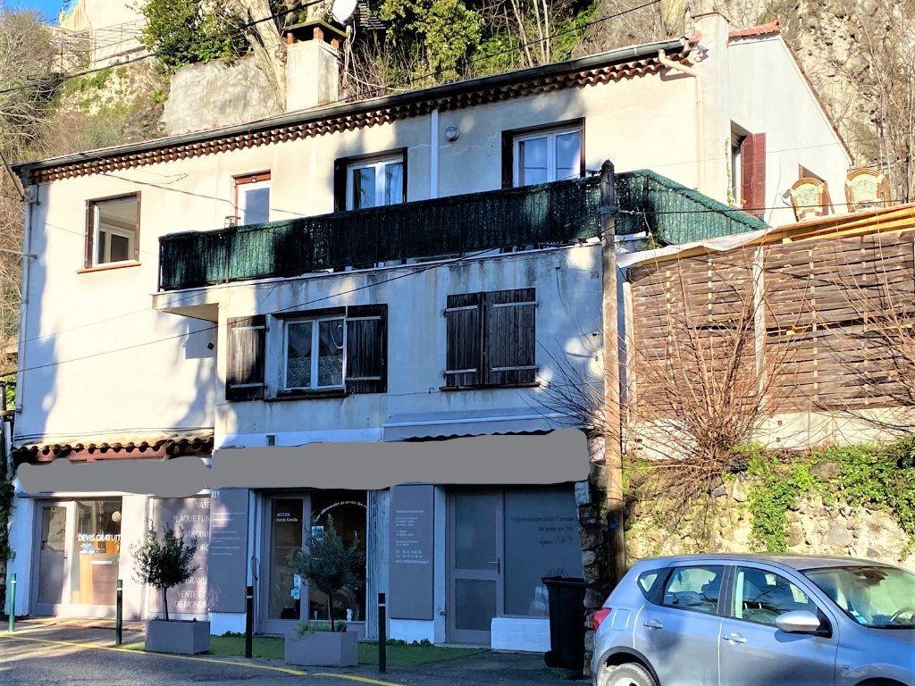 Immeuble à vendre 0 230m2 à Villeneuve-Loubet vignette-1