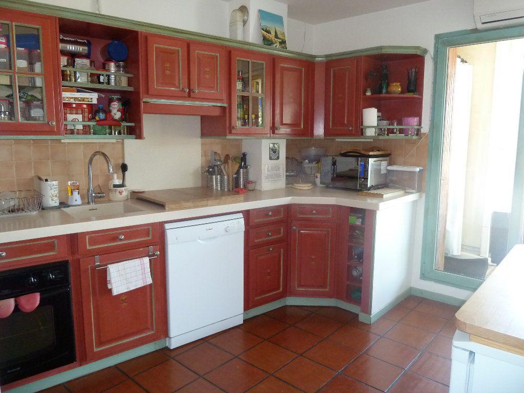 Appartement à vendre 4 117.53m2 à Vence vignette-2