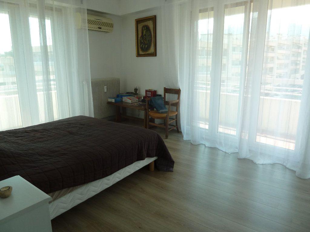 Appartement à vendre 4 117.53m2 à Vence vignette-3