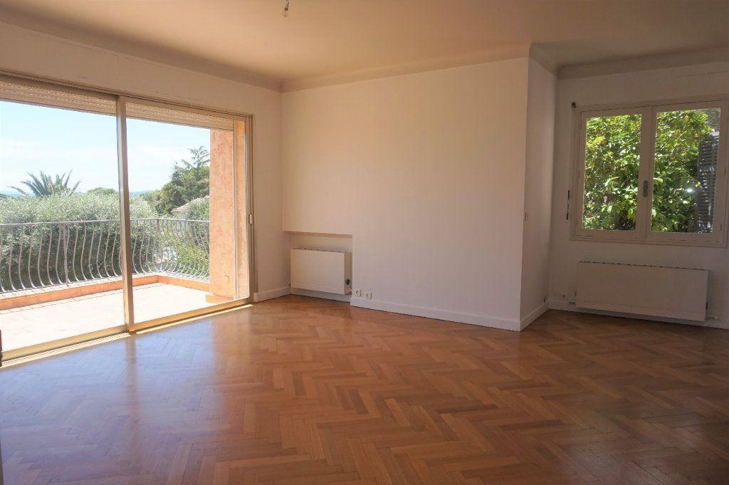 Maison à vendre 5 127m2 à Vence vignette-10