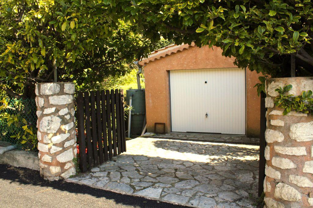Maison à vendre 5 105m2 à Vence vignette-17