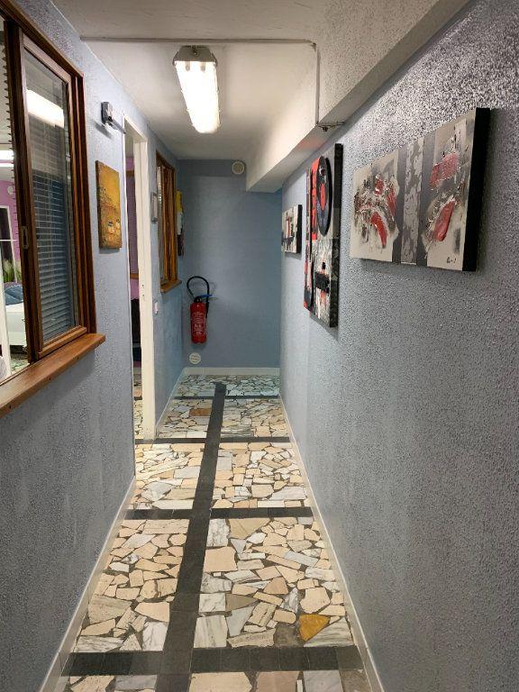 Appartement à vendre 6 176.32m2 à Vence vignette-4