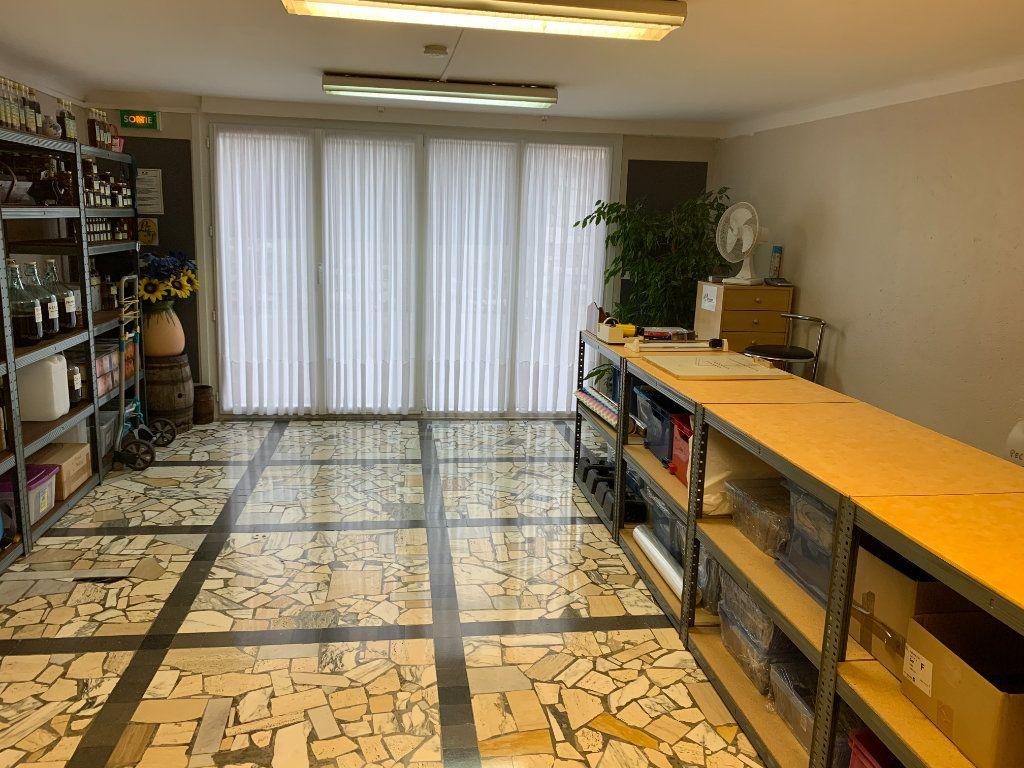 Appartement à vendre 6 176.32m2 à Vence vignette-5