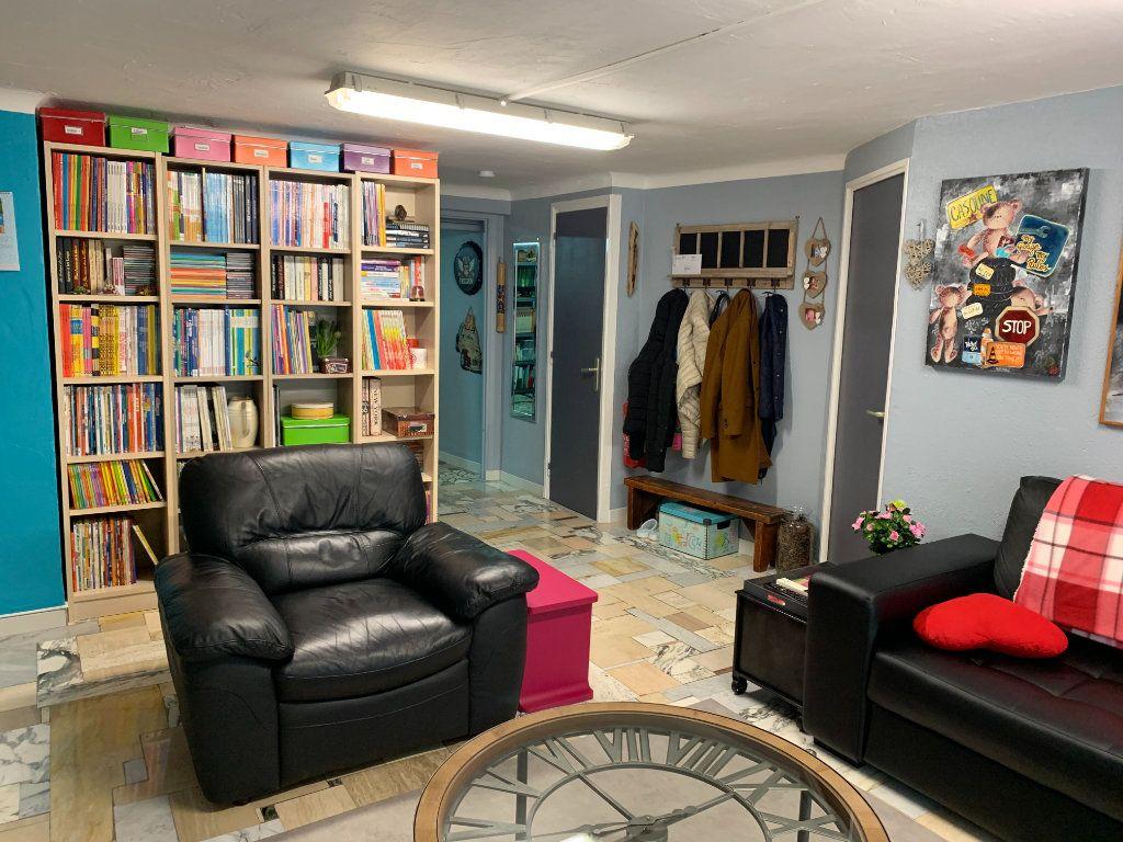Appartement à vendre 6 176.32m2 à Vence vignette-7