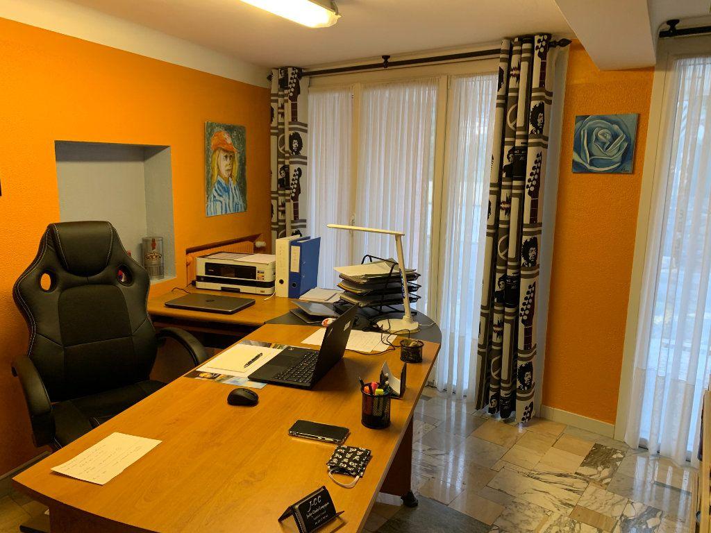 Appartement à vendre 6 176.32m2 à Vence vignette-8