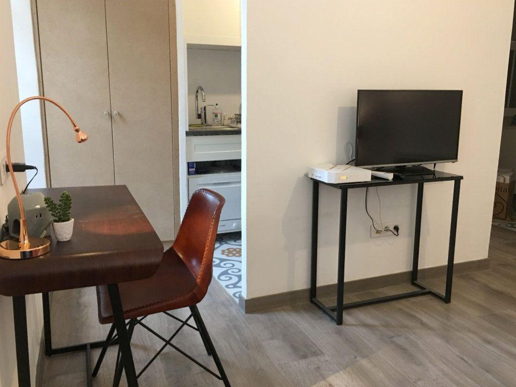 Appartement à louer 1 21.65m2 à Vence vignette-6