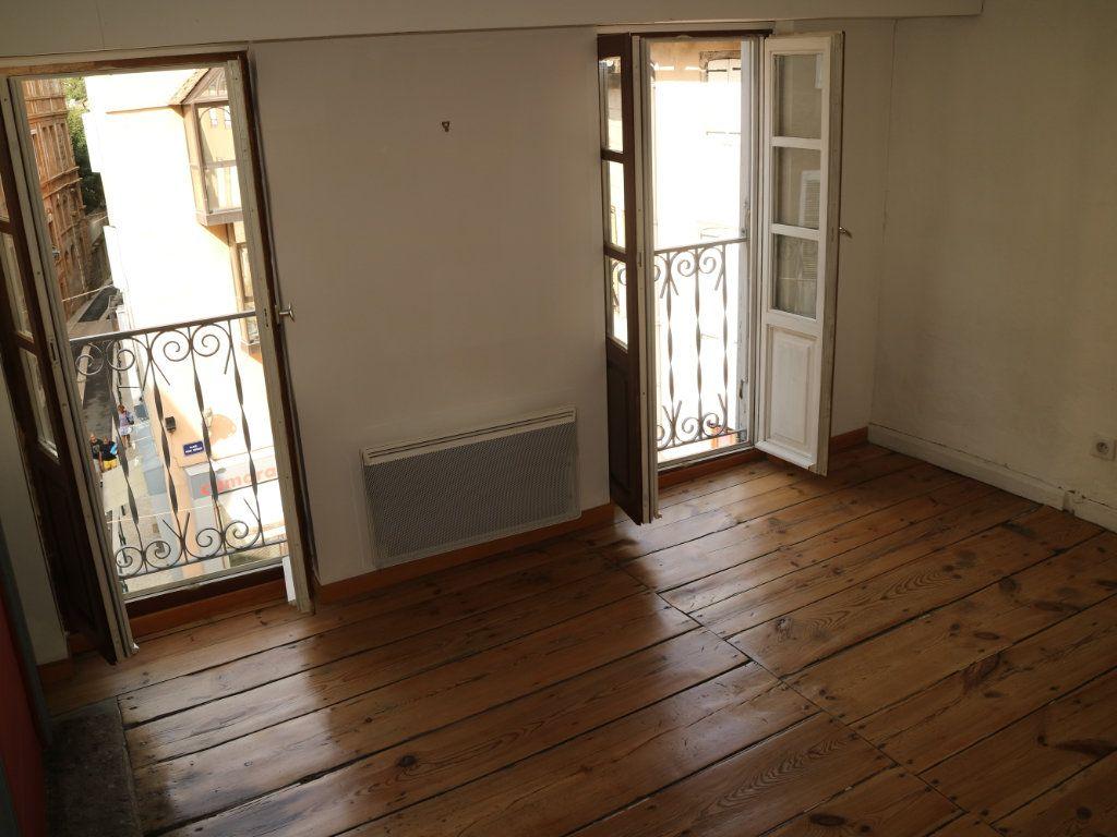 Appartement à louer 3 44m2 à Mende vignette-8