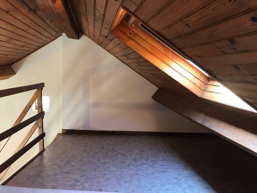 Appartement à louer 2 19m2 à Marvejols vignette-8