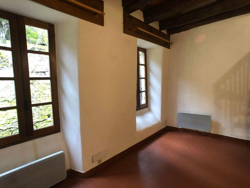 Appartement à louer 2 35m2 à Bagnols-les-Bains vignette-2