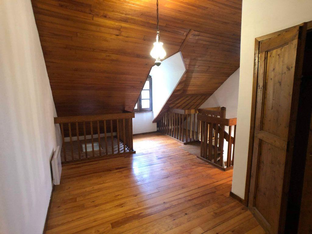 Appartement à louer 2 35m2 à Bagnols-les-Bains vignette-4