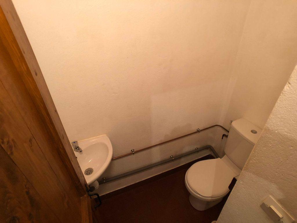 Appartement à louer 2 35m2 à Bagnols-les-Bains vignette-7