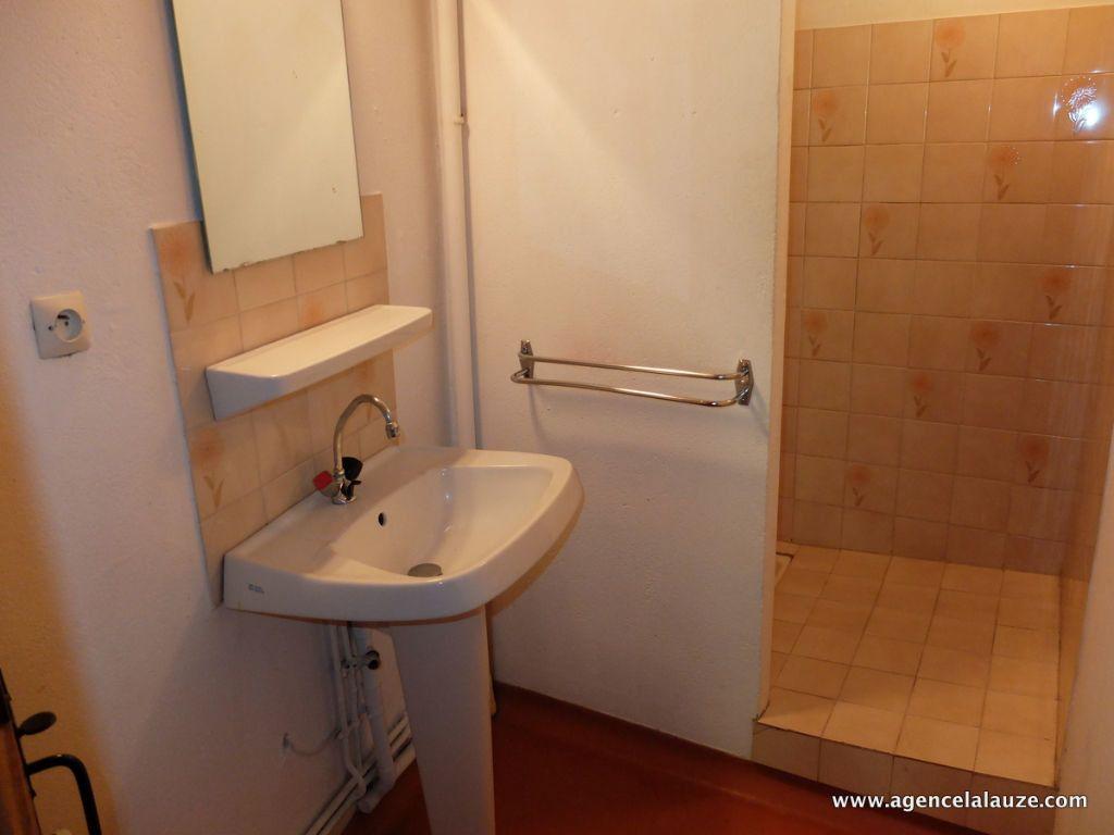 Appartement à louer 2 35m2 à Bagnols-les-Bains vignette-8