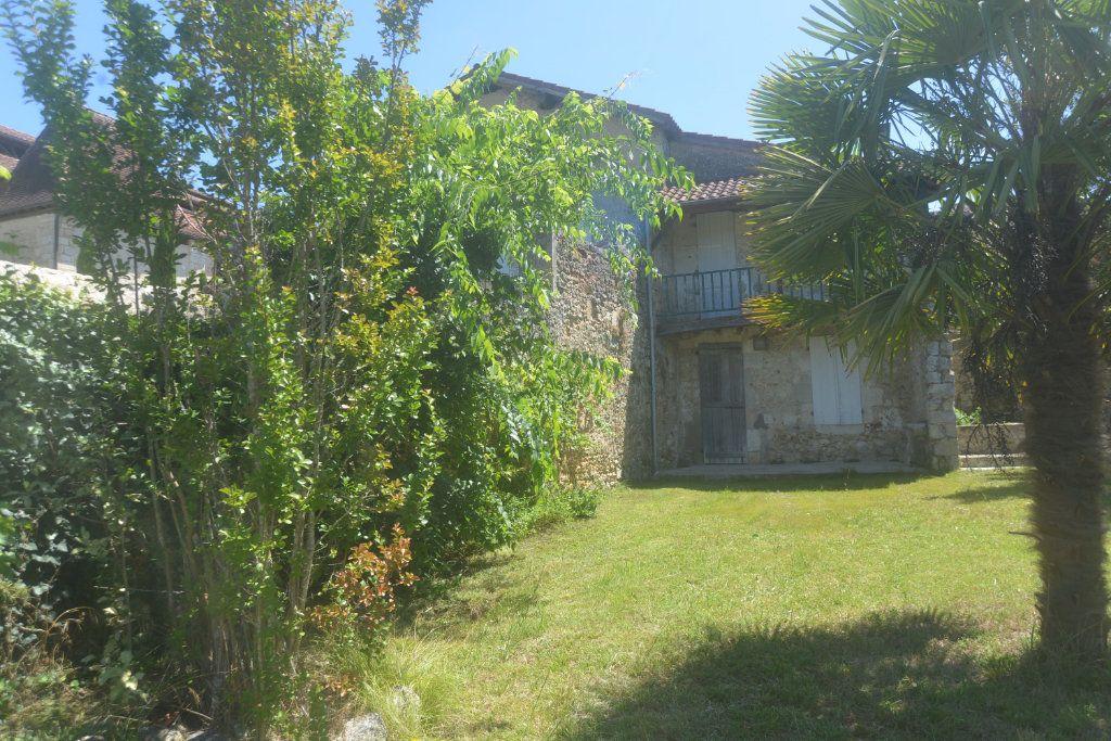 Maison à vendre 6 197.3m2 à Roquefort vignette-2