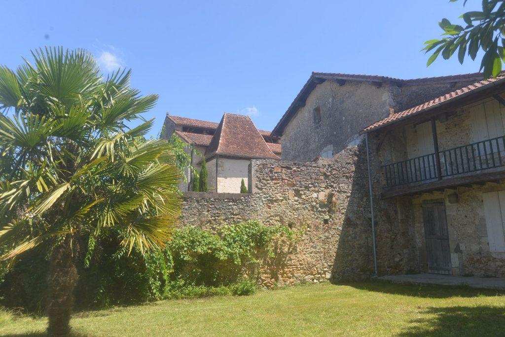 Maison à vendre 6 197.3m2 à Roquefort vignette-17