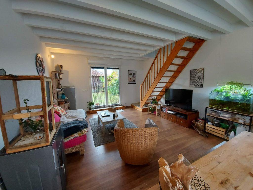 Immeuble à vendre 0 380m2 à Pontonx-sur-l'Adour vignette-4