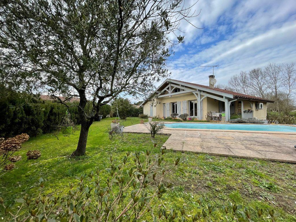 Maison à vendre 5 115m2 à Pontonx-sur-l'Adour vignette-1