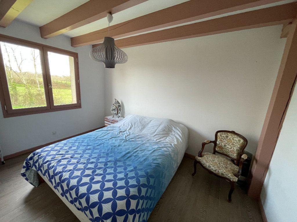 Maison à vendre 5 115m2 à Pontonx-sur-l'Adour vignette-6
