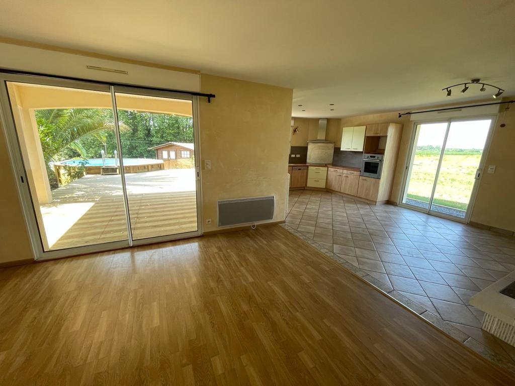Maison à vendre 4 90m2 à Préchacq-les-Bains vignette-3