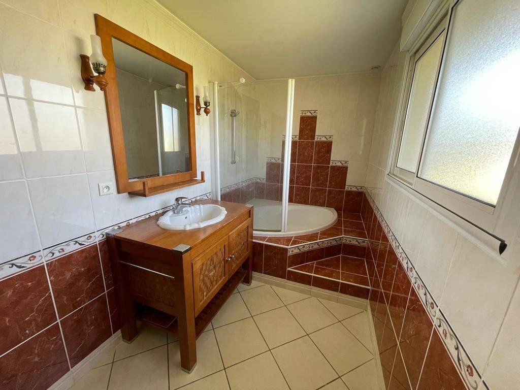 Maison à vendre 4 90m2 à Préchacq-les-Bains vignette-4
