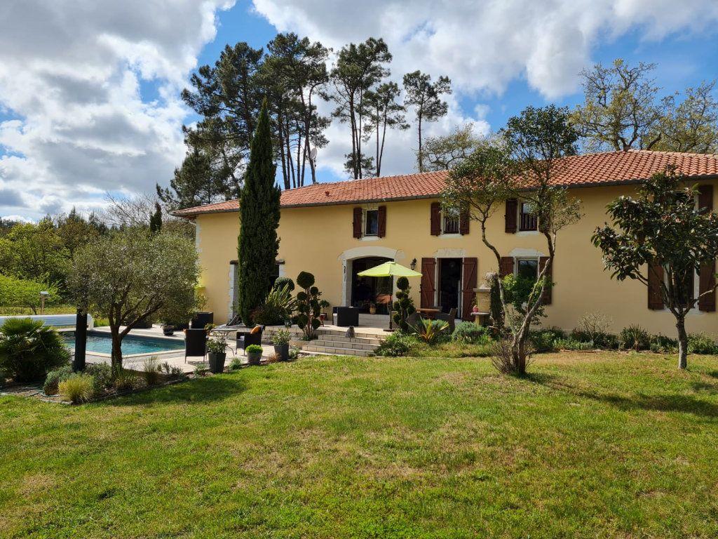 Maison à vendre 7 336m2 à Pontonx-sur-l'Adour vignette-1