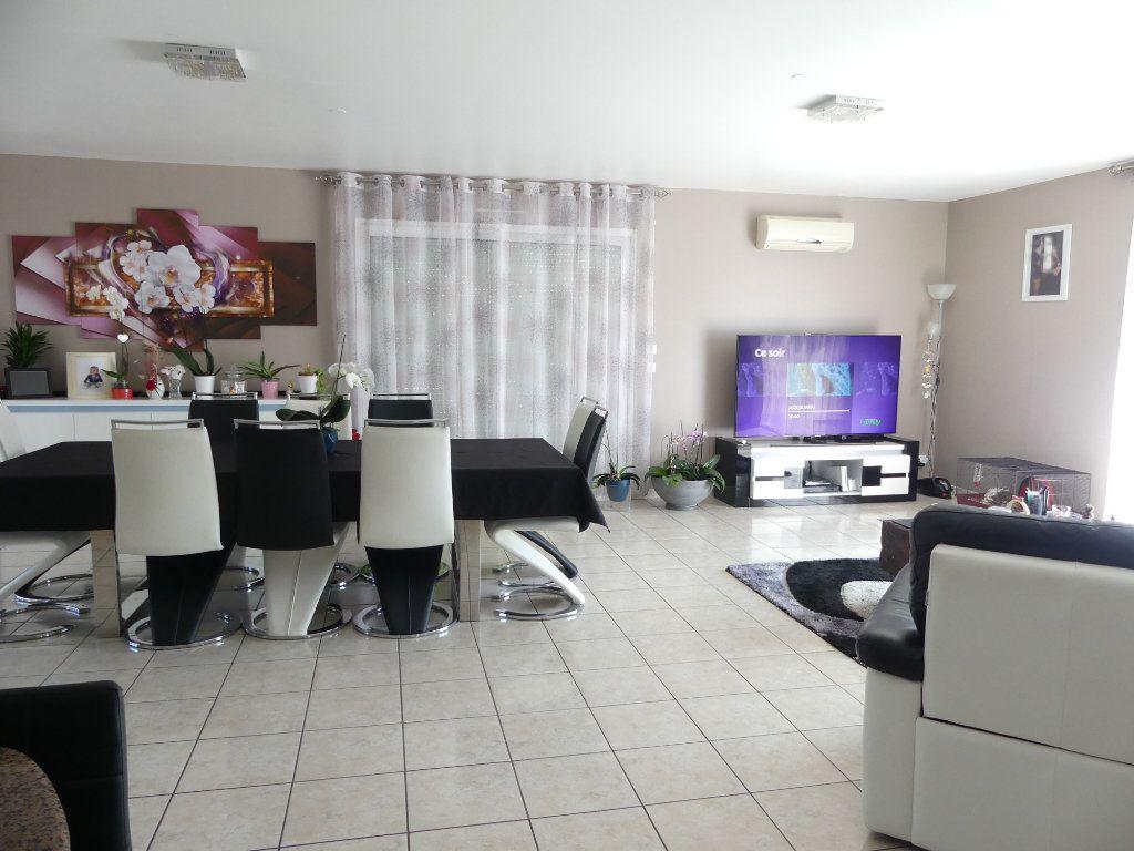 Maison à vendre 6 151m2 à Garrosse vignette-12