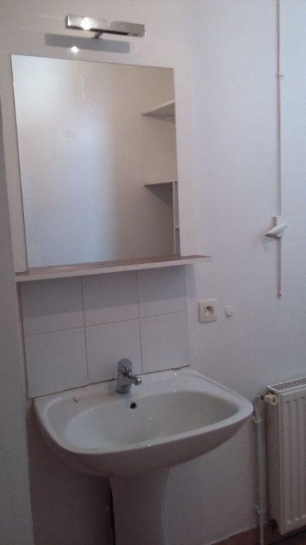 Appartement à louer 1 33m2 à Morcenx vignette-4