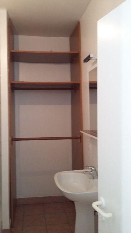 Appartement à louer 1 33m2 à Morcenx vignette-6