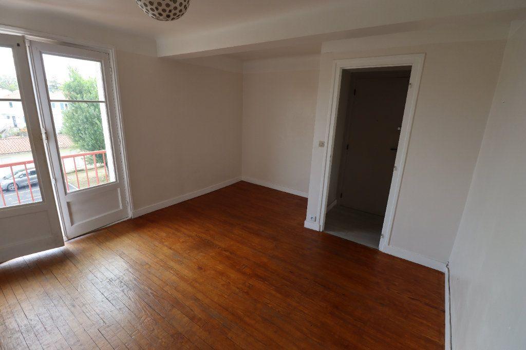 Appartement à vendre 3 56m2 à Anglet vignette-1