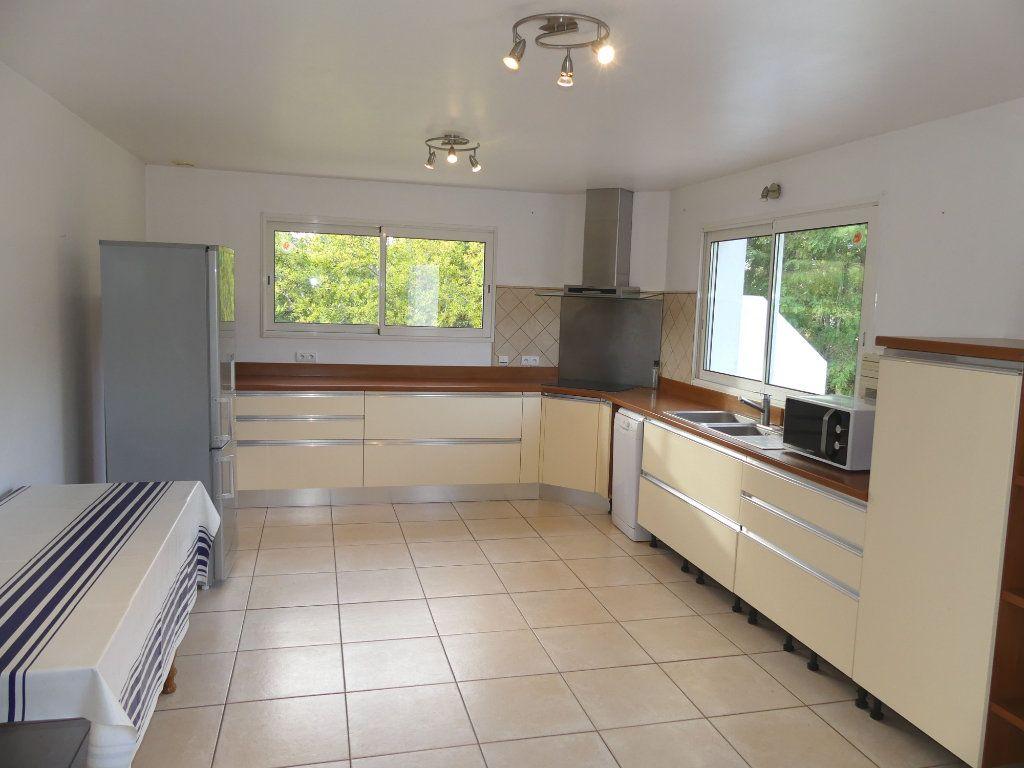 Maison à vendre 5 151m2 à Saubrigues vignette-4