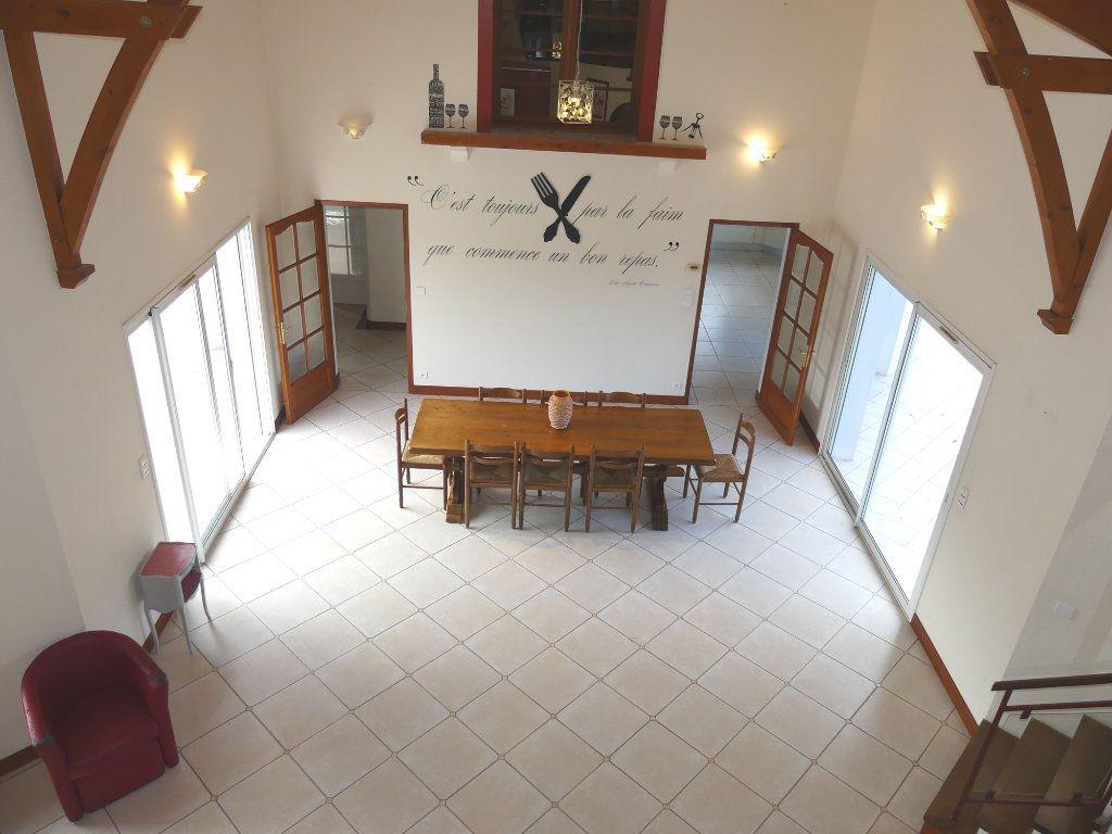 Maison à vendre 5 151m2 à Saubrigues vignette-6