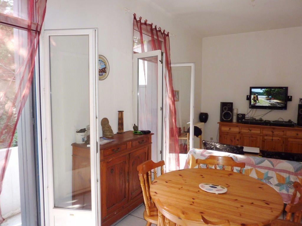 Appartement à louer 2 38.36m2 à Béziers vignette-6