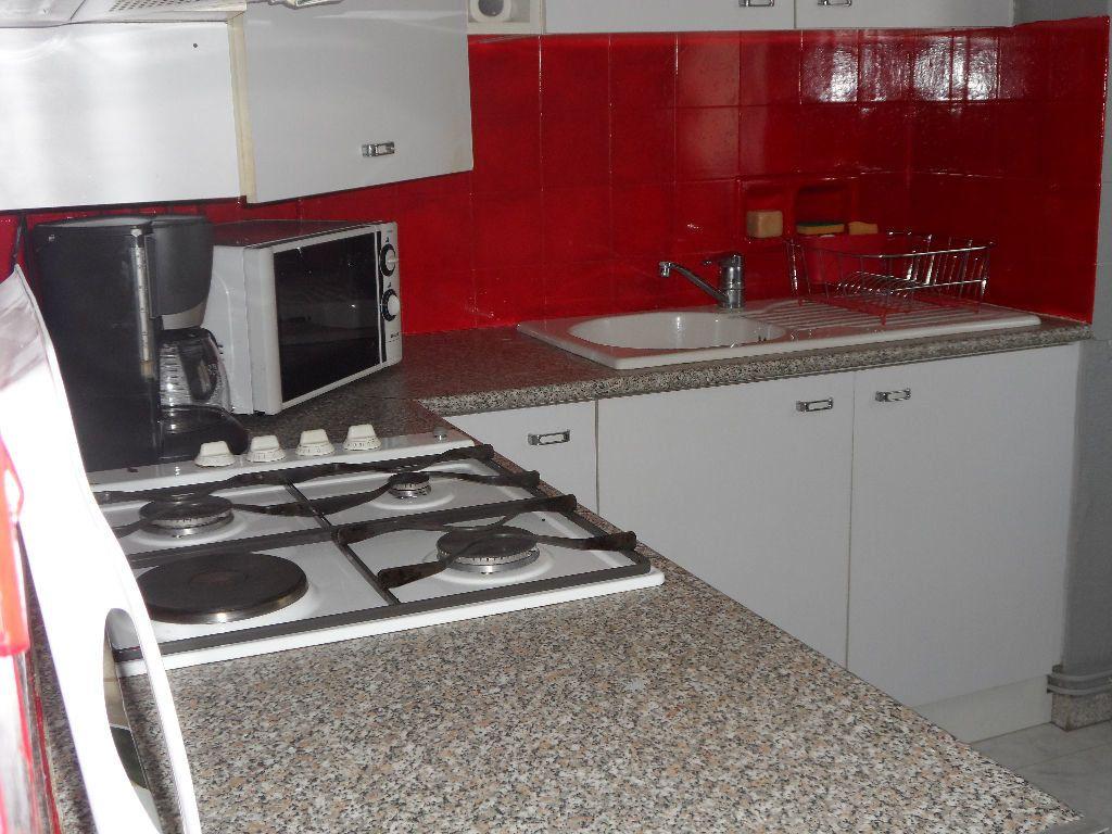 Appartement à louer 1 41m2 à Béziers vignette-3