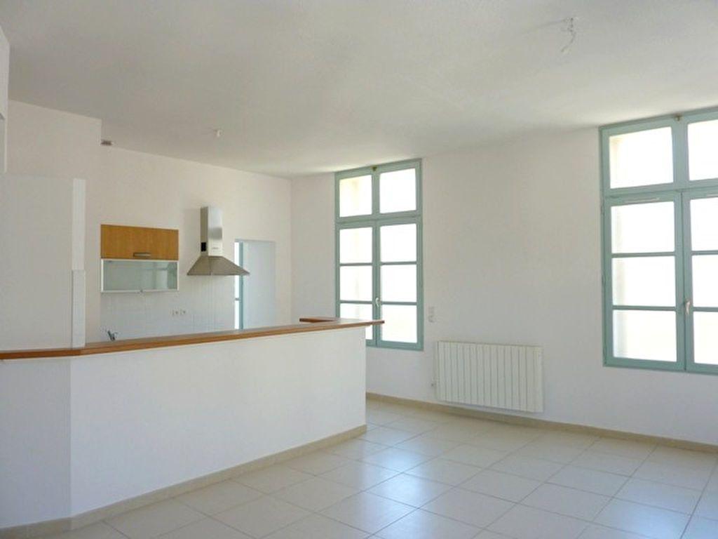 Appartement à louer 3 68.55m2 à Béziers vignette-7