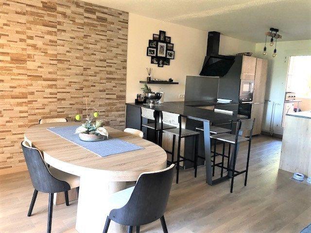 Appartement à vendre 3 76.21m2 à Montpellier vignette-2