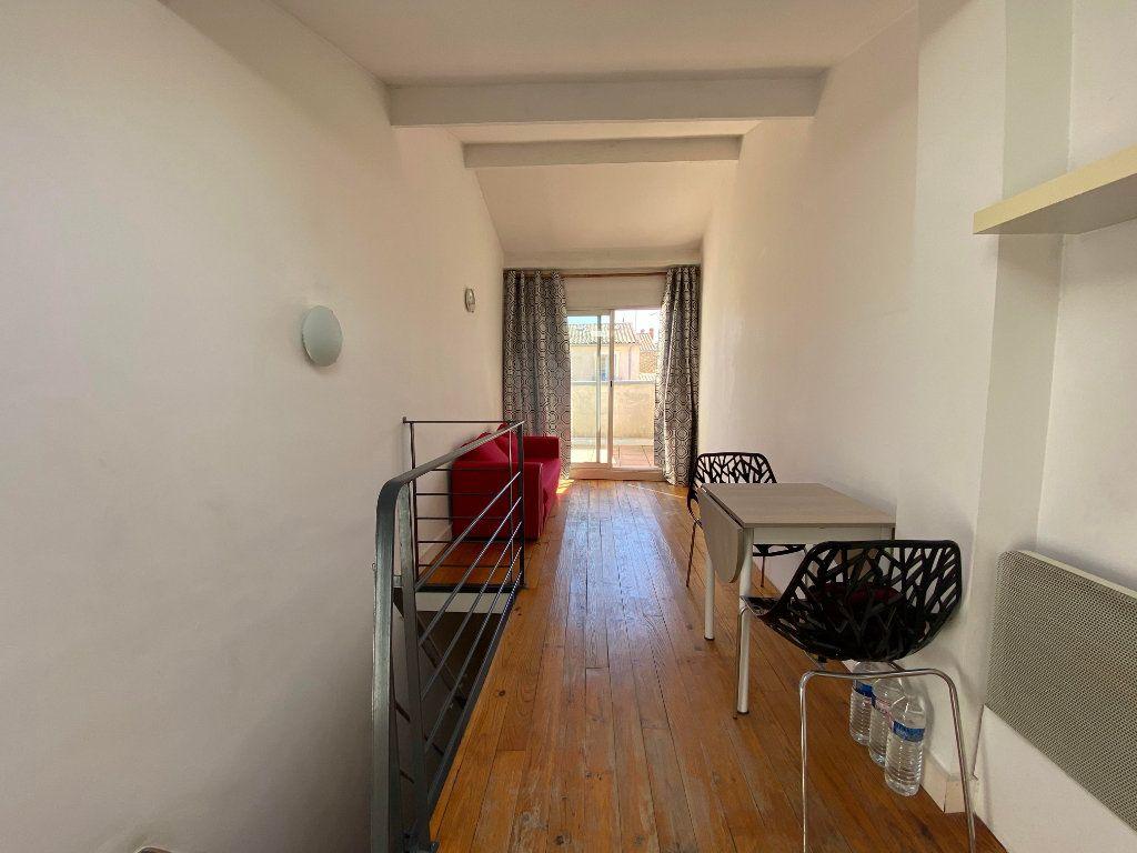 Appartement à louer 1 26m2 à Montpellier vignette-3