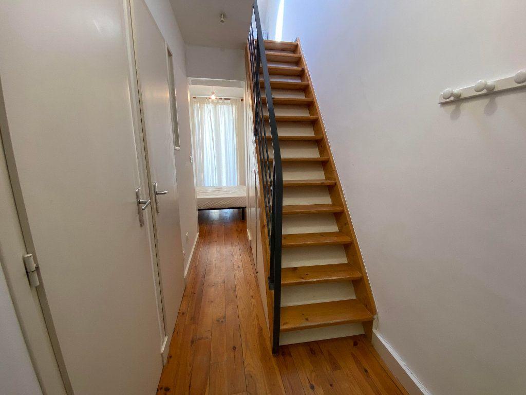 Appartement à louer 1 26m2 à Montpellier vignette-4