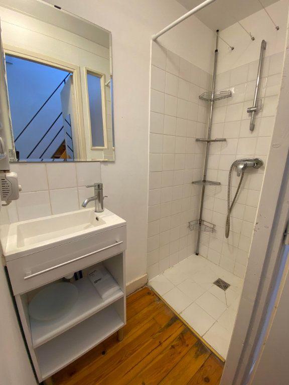 Appartement à louer 1 26m2 à Montpellier vignette-5