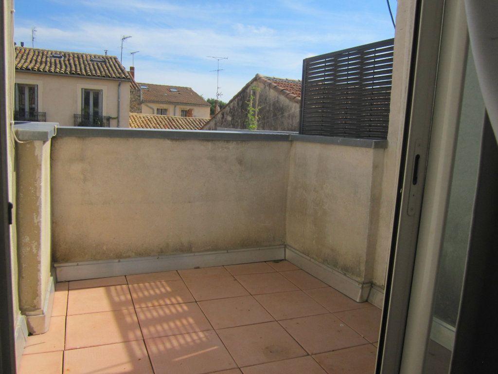 Appartement à louer 1 26m2 à Montpellier vignette-6
